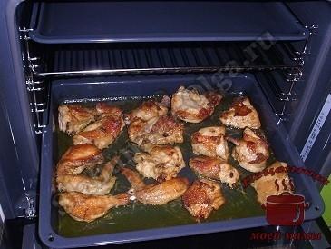 Курица запеченная в духовке (кусочками)