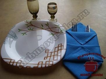 Как красиво сложить салфетки для праздничного стола
