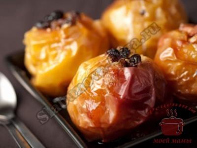 Печеные яблоки с изюмом и грецкими орехами