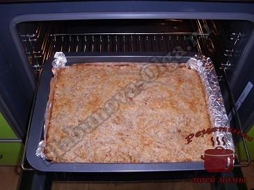 Сухой яблочный пирог готов