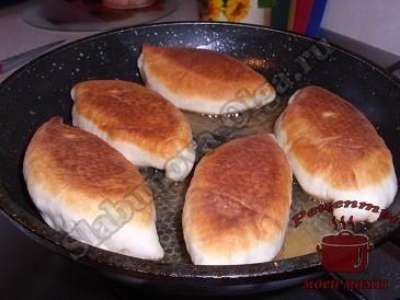Пирожки из дрожжевого теста, жарим пирожки