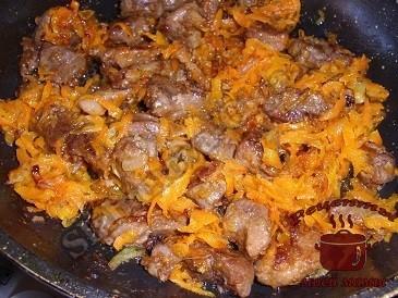 Тушим мясо дикого кабана
