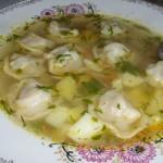 Суп с пельменями, обед на скорую руку