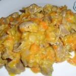 Куриные желудки в сметане, тушеные