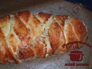 Яблочный пирог с творогом, запекаем