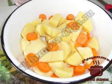 Картофель-в-микроволновке,-режем-овощи