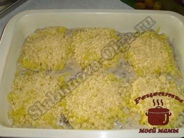 Курица-с-грибами,-посыпаем-сыром