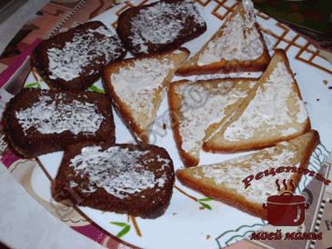 Вкусные-бутерброды,-смазываем-майонезом