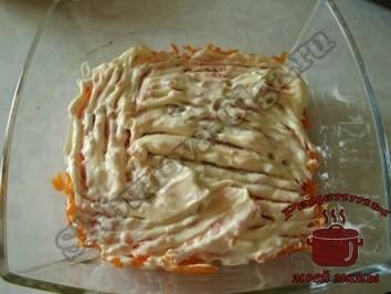 Салат-из-свеклы-с-сыром,-второй-слой