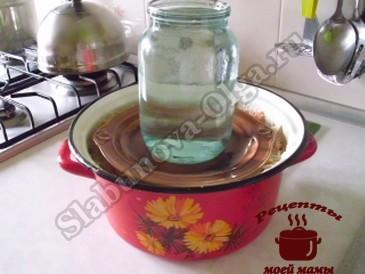 Квашеная капуста без соли под гнетом