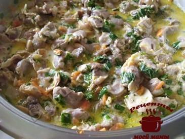 Куриные желудки с грибами готовы