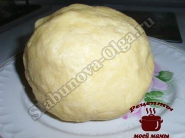 Вишневый пирог, тесто готово