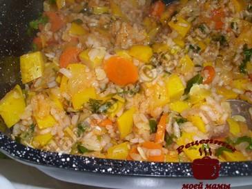 Кабачки тушеные с рисом готовы