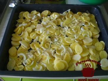 Картофель запеченный в духовке, выкладываем слоями