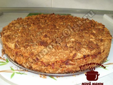Быстрый яблочный пирог готов