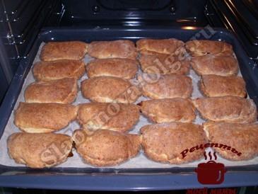 Печенье с яблоками готово