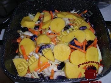 Курица в духовке с овощами, выкладываем слоями