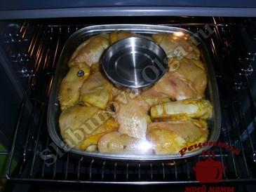 Курица в духовке с овощами,запекаем