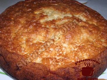 Яблочный бисквит