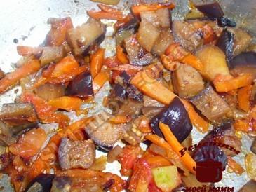 Куриные ножки, жарим овощи