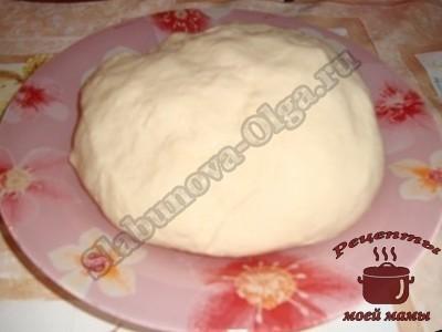 Вкусные чебуреки, готовим тесто