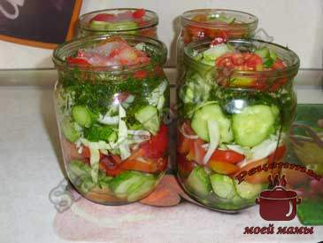 Салат-овощной-ассорти,-укладываем-слоями