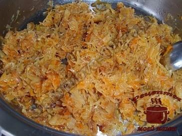 Молдавские пирожки с капустой, жарим капусту