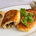 Зразы картофельные с грибами, отличный ужин
