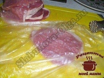 Как приготовить вкусное мясо с яблоками, черносливом