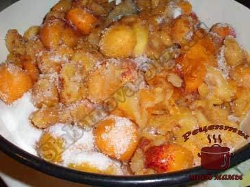 Ароматное-абрикосовое-варенье,-засыпаем-сахаром