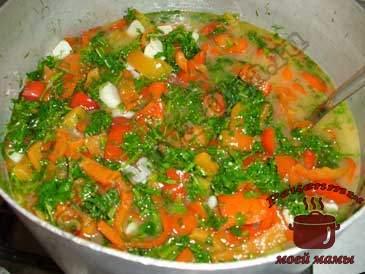 Маринованный-болгарский-перец,-добавляем-зелень