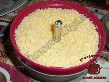 Тушеные-куриные-желудки,-измельчаем-сыр
