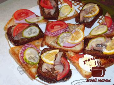 Вкусные-бутерброды-на-гренках-готовы