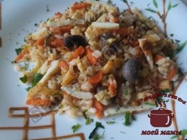 Жареный-рис-с-овощами-и-блинчиками