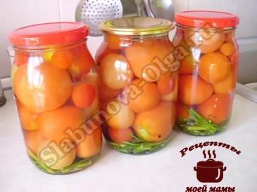Сладкие маринованные помидоры, заливаем кипятком