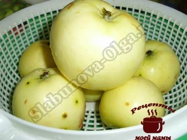 Янтарное варенье из яблок Белый налив