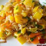Кабачки тушеные с овощами и рисом