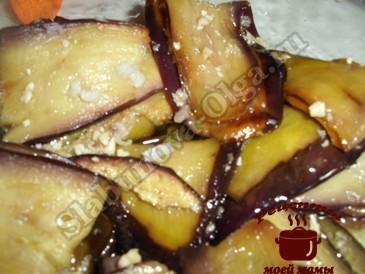 Баклажаны с орехами готовы