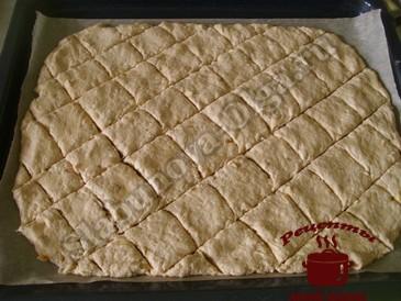 Творожное печенье, надрезаем