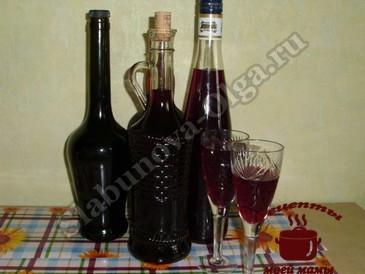Красное вино из винограда