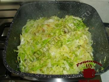 Тушеная капуста с фасолью, жарим капусту