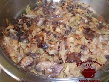 Пирожки с капустой, готовим начинку