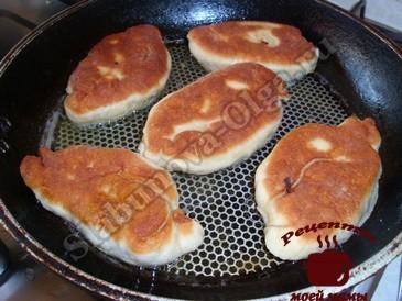 Пирожки с капустой, жарим