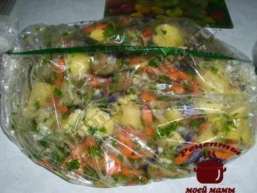 Овощное рагу в пакете