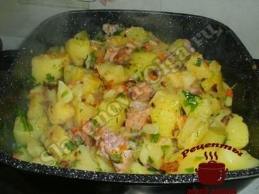Тушеный картофель готов