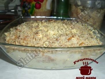 Салат со шпротами готов