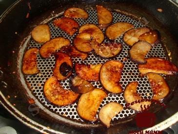 Жареные грибы, жарим баклажаны
