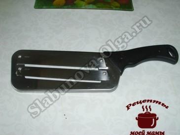 Салат из капусты, шинковочный нож