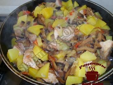 Овощное рагу, добавляем к мясу