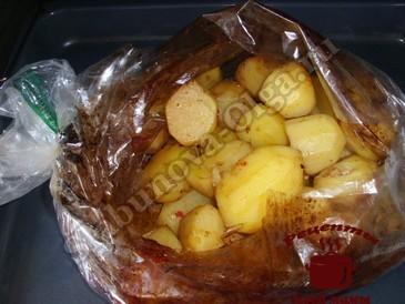 Картофель запеченный, запекаем
